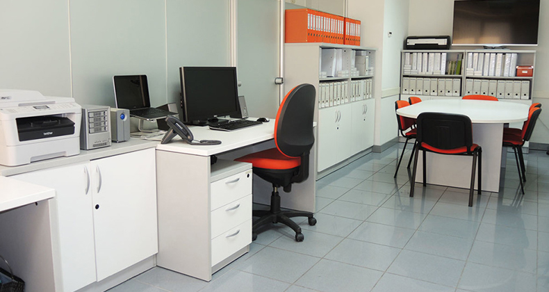 Como decorar oficinas peque as soa for Como decorar una oficina pequena de trabajo